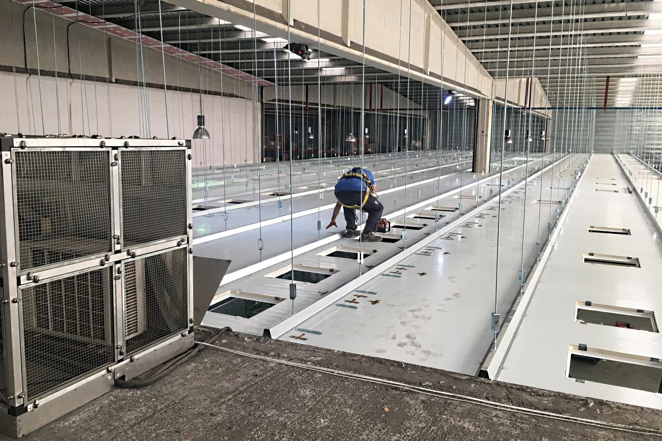 Ventilación en techo técnico - Mantenimiento de aire acondicionado